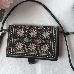Handbags - ✨Floral Bling Crossbody✨